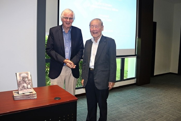 Professor-Wang-Gungwu-at-the-launching-of-a-book-by-Professor-Milner-in-2016.jpg